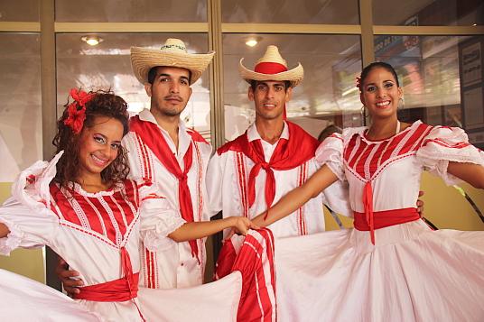 Comme à l'habitude, la musique et la danse cubaines étaient au coeur de l'animation du FIT Cuba