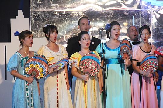 L'Orchestre symphonique et le Théâtre lyrique d'Holguin ont inauguré en beauté la cérémonie d'ouverture du FIT Cuba 2017.