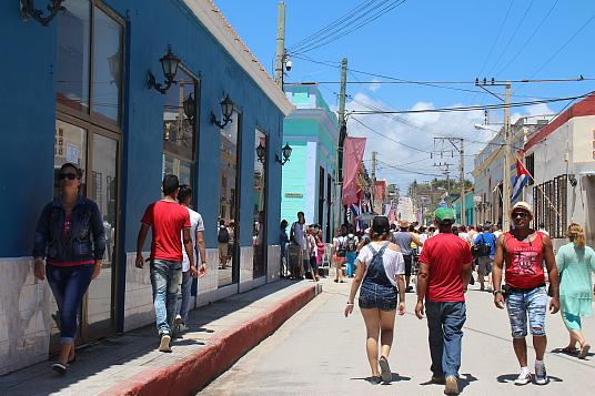 L'Avenida Independencia, à Gibara