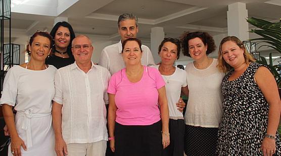 L'équipe de Transat, en compagnie de leurs partenaires de l'hôtel Valentin Perla Blanca