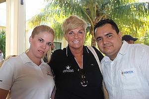 Nathalie Bonin, avec ses collègues du Iberostar Ensenachos