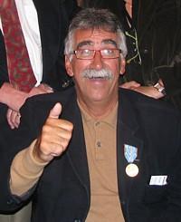 Michel Levac directeur de comptes chez Air France et récipiendaire de la médaille d'or du tourisme