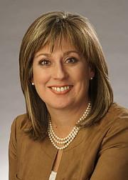 Lucie Guillemette  vice-présidente générale et chef des Affaires commerciales d'Air Canada