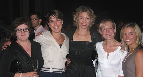 Huguette Bouchard de Voyages Groupe Idéal, Marie-Ève Bédard et Caroline Putnoki d'Atout France, Isabelle  Blanche Pinpin d'Europauto Vacances et Isabelle Gagnon d'Atout France