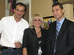 Evelyn Cassis, en compagnie d' Anis Ben Cheikh, de la compagnie Elycea et du Directeur de l' Office national du tourisme tunisien, Néji Gouider
