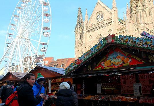 Le marché de Mulhouse est très fier de sa grande roue