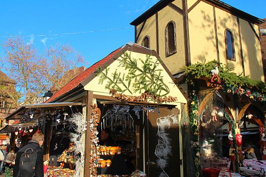 Colmar propose cinq marchés dont celui de la place Jeanne d'Arc