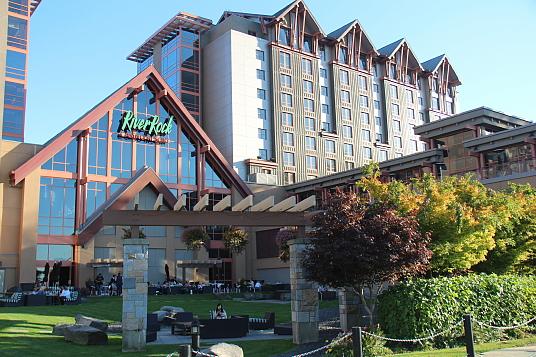 Le River Rock Casino Resort, à Richmond, situé au confluent de la rivière Fraser