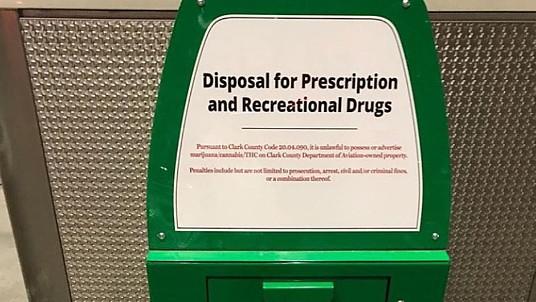 Des poubelles à cannabis a l'aéroport de Las Vegas
