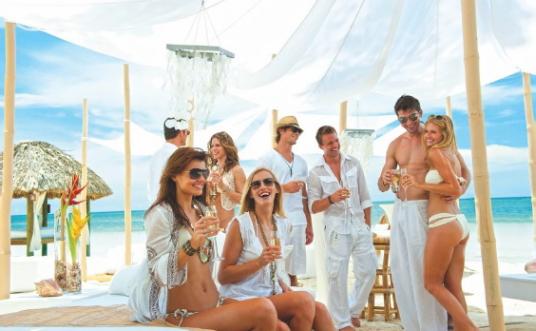 Solde pour les groupes aux Sandals et Beaches avec Vacances Air Canada