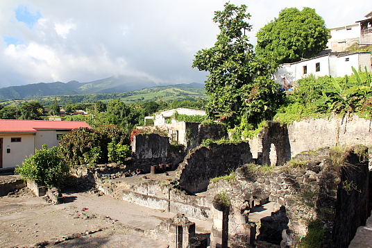 Saint-Pierre a conservé des vestiges de l'éruption de 1902