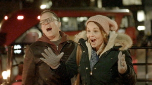 Le concours Miracle de Noël de WestJet passe à l'échelle mondiale en quête de traditions uniques