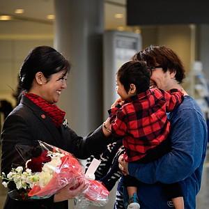 Air Canada célèbre les retours à la maison dans les aéroports aux quatre coins du globe