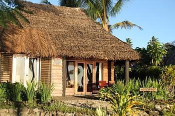 Nombreux sont les hôtels qui tentent d'attirer la clientèle des lunes de miel.
