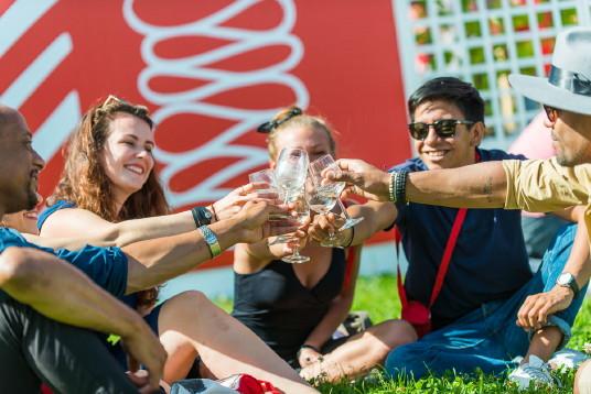 Le Festival 'Bordeaux Fête le vin à Québec' ouvre ses portes aujourd'hui