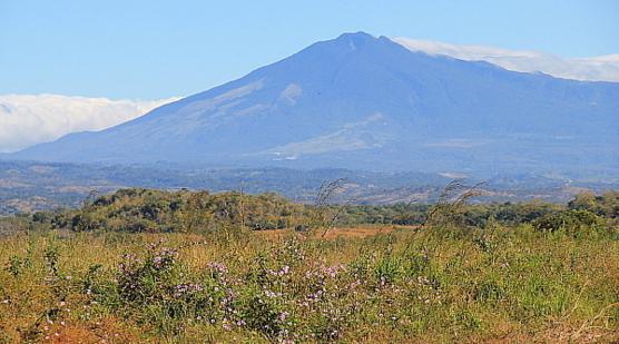 Le volcan Miravalles fait partie de la chaîne de volcans du Guanacaste.