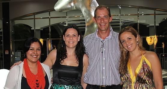 Till Koehler, directeur général des Riu au Costa Rica, en compagnie de Laura Castellanos (dir. ventes du RIU Palace Costa-Rica), Laura Malone (dir. communications du groupe) et Laura Robles (dir. communications Amériques).