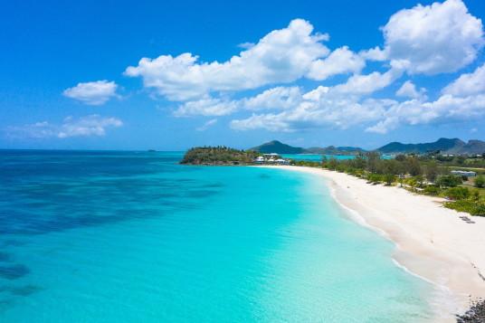 Ffryes Beach, avec l'aimable autorisation de l'Autorité du tourisme d'Antigua-et-Barbuda