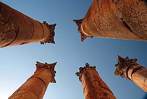 Le temple d'Artémis, le plus important du site, comme en témoignent la taille et la hauteur de ses colonnes.