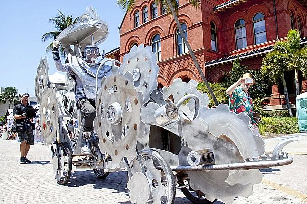 Une œuvre de Stanley Papio lors de la Kinetic Parade