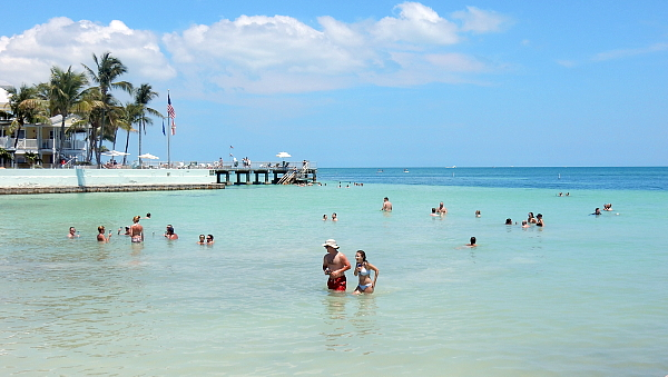 La baignade à la petite plage de Key West : on est à 90 miles de Cuba!