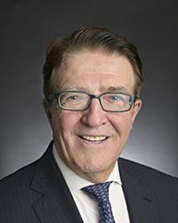 Le Panthéon de l'Aviation du Canada honore Robert Deluce, chef de la direction de Porter Airlines