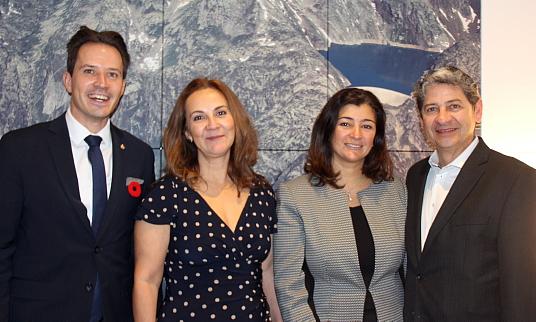 Pascal Prinz, en compagnie de Camilo Aguilar, Patricia Perez (Canandes) et Marie Habre, la directrice de la Chambre de commerce suisse au Canada.