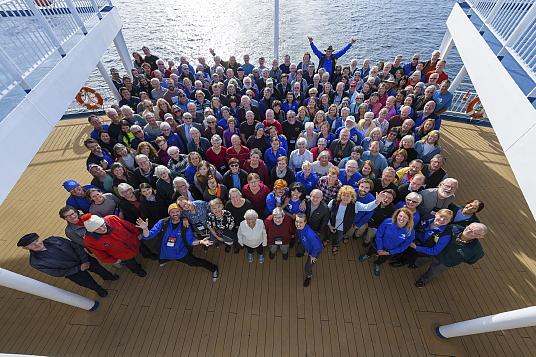 Passagers et équipe d' Adventure Canada