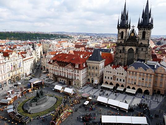 La place centrale dans la vieille ville