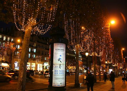 Noël dans la Ville Lumière (reportage)