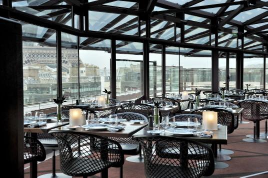 Un repas avec vue… au restaurant Les Ombres, voisin de la Tour Eiffel