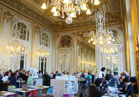 Le restaurant du Musée d'Orsay, avec sa décoration des années 1900