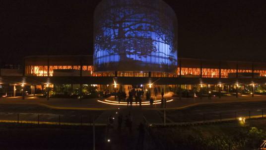 Le nouveau palais national des congrès du Costa Rica est une construction moderne et durable située à dix kilomètres de la ville trépidante, San José