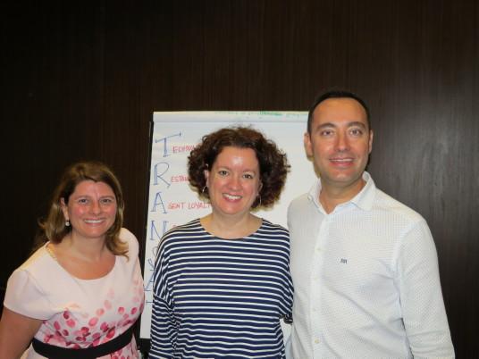 De gauche à droite, Nathalie Boyer, Directrice générale, Transat Distribution Canada, Geneviève LeBrun, vice-présidente Marketing, Transat, Jordi Solé, président de la nouvelle division hôtelière de Transat.