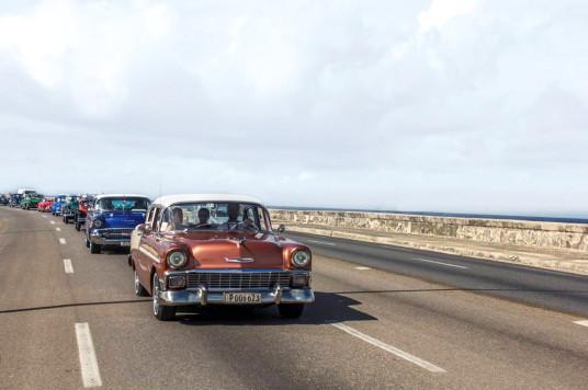 Iberostar Hotels & Resorts organise les plus grand défilé de voitures anciennes de l'histoire de Cuba