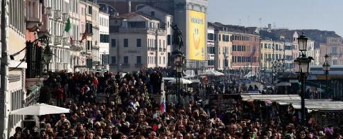 Venise espère taxer bientôt les touristes