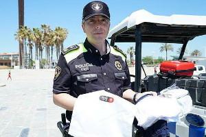 Barcelone : des kits d'urgence pour les touristes qui se font voler sur les plages