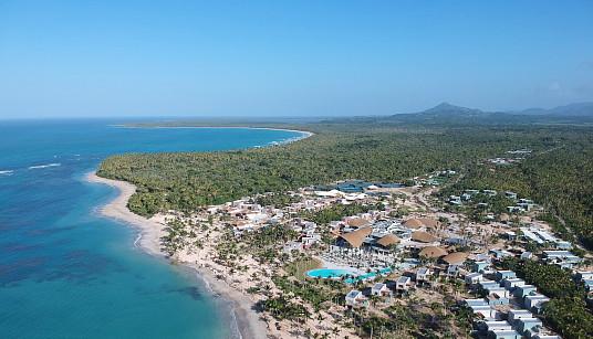 Le Club Med Michès Playa Esmeralda, tout premier Village de la Collection Exclusive en Amérique, a ouvert ses portes en République dominicaine. Ses premiers invités ont pu faire l'expérience de son concept éco-chic et de ses quatre Villages-boutiques.