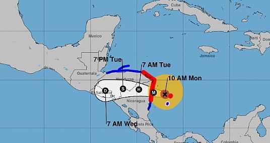 L'ouragan Iota est passé en catégorie 4 au large de la Colombie