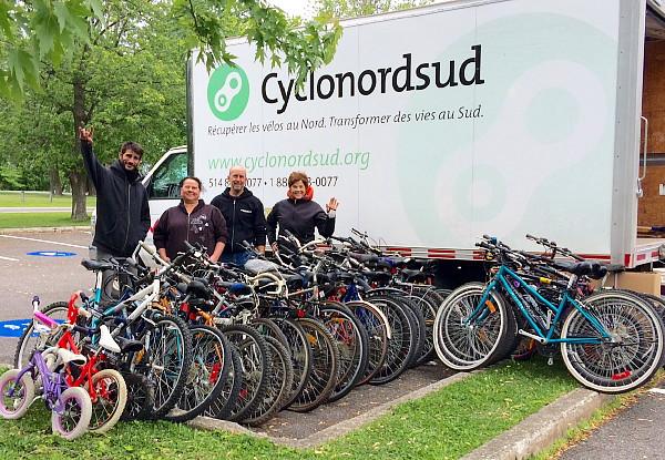 « Si vous avez un vélo que vous n'utilisez pas, je me ferai un plaisir d'aller le chercher» - Lynne St Jean